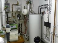 04-170825_Warmwasser-und Wasseraufbereitungsanlage
