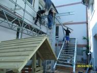 65-110430_Bau der Fluchttrepe