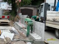 70-110708_Stützmauer zum Nachbargrundstück